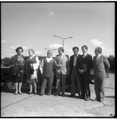 [Rašytojos Ievos Simonaitytės vizitas Klaipėdos uoste] / Bernardas Aleknavičius. - 1977.IX.5