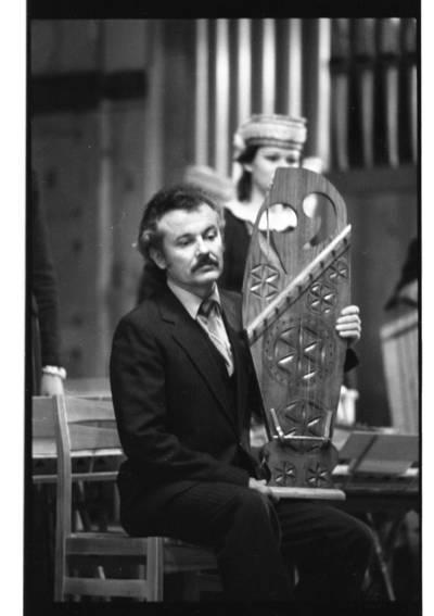 [Muzikos instrumentų meistras, restauratorius Antanas Butkus 1982 m.] / Bernardas Aleknavičius. - 1982