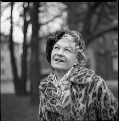 [Lietuvos teatro aktorė Janina Budrikaitė. Klaipėda] / Bernardas Aleknavičius. - 1978