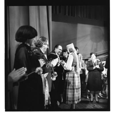 [Padėka Klaipėdos muzikos pavasario dalyviams ir organizatoriams, 1981 m.] / Bernardas Aleknavičius. - 1981
