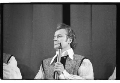 [Birbynininkas Antanas Butkus ketvirtojo Klaipėdos muzikos pavasario metu] / Bernardas Aleknavičius. - 1979.IV