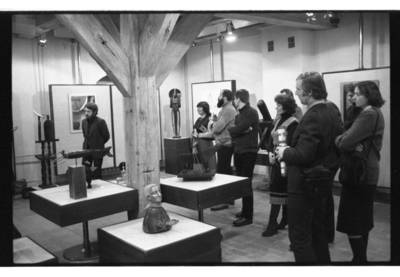[Akimirka iš skulptoriaus Klaudijaus Pūdymo personalinės parodos Klaipėdoje] / Bernardas Aleknavičius. - 1984