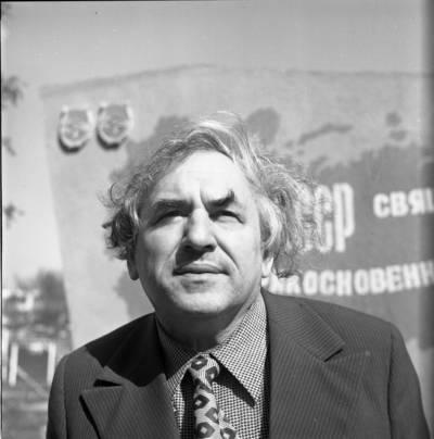 [Rašytojas, gydytojas Jokūbas Skliutauskas] / Bernardas Aleknavičius. - 1981