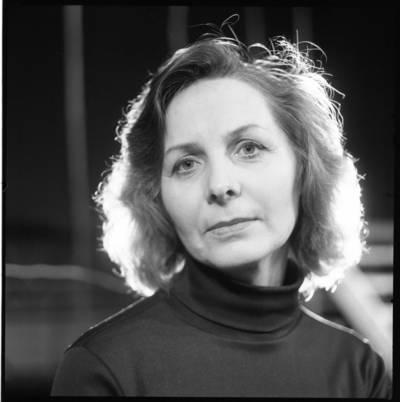 [Lietuvos teatro aktorė Marija Černiauskaitė. Klaipėda] / Bernardas Aleknavičius. - 198-