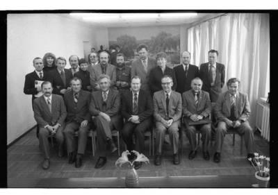 [Lietuvos rašytojų sąjungos Klaipėdos skyriaus nariai] / Bernardas Aleknavičius. - 1985