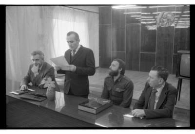 [Lietuvos rašytojų sąjungos Klaipėdos skyriaus narių pasisakymai 1985 m. balandžio mėn.] / Bernardas Aleknavičius. - 1985