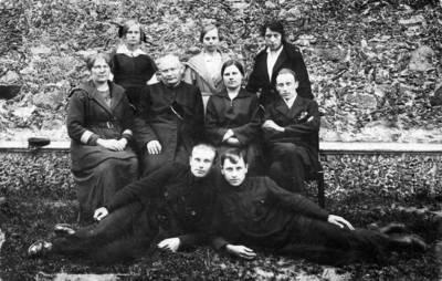 Nežinomas fotografas. Darbėnų pavasarininkų kuopos valdyba. 1930