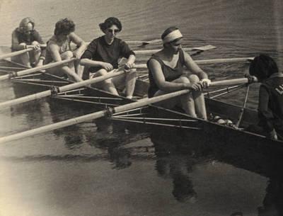 Nežinomas asmuo. Sportininkė Lima Banevičiūtė 1964 m. Lietuvos pirmenybėse Trakuose. 1964