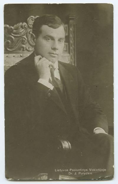 Senieji Lietuvos atvirukai ir fotografijos. Lietuvos kultūros ir visuomenės veikėjai. Lietuvos pasiuntinys Vokietijoje dr. J. Puryckis. - 1919