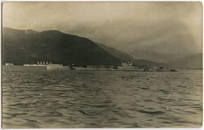 Nežinomas fotografas. Laivai nežinomame uoste. 1918