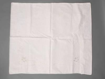 Nežinomas autorius. Užvalkalas pagalvei, siuvinėtas. 1940