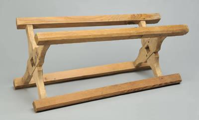 Krijelis - prietaisas siūlams vyti, prieš juos vyniojant ant mestuvų