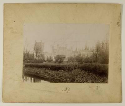 Kosakovskių šeimos archyvas. 7 : Ikonografija. - 1790-[1919]. 1724 : [Vaitkuškio dvaro rūmų ir parko vaizdai] / fotogr. Stanislovas Kazimieras Kosakovskis?. - 189-