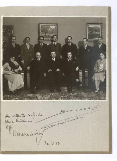 Mato Šalčiaus rankraščių fondas. VII : Ikonografija. - 1908-1937. 814 : [Mato Šalčiaus nuotrauka su Argentinos lietuviais, Argentina, 1936 m. liepos 20 d.]. - 1936.VII.20