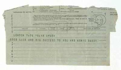 Unės Babickaitės rankraščių fondas. - 1903-1961. 436 : [Walterio Moss? telegramos ir laiškas Unei Baye (Babickaitei) į Paryžių ir Unės Babickaitės telegramos tekstas] / Walter Moss?. - 1931