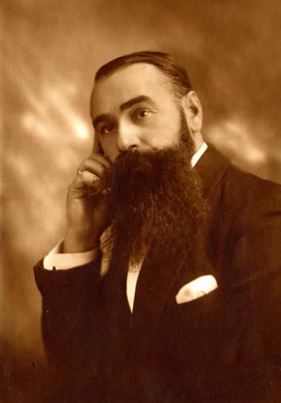 Šiaulių apskrities pašto viršininkas Petras Rasteika. 1930