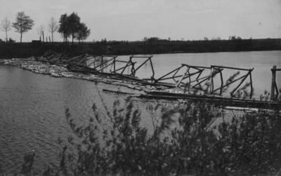 Nežinomas autorius. Lankupiai. Audros nuverstas tiltas per Miniją. 1938