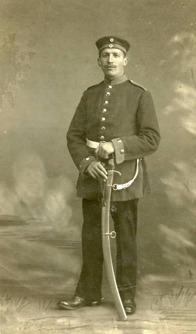 Nežinomas autorius. Vokietijos kariuomenės šauktinis Willy Fischmannas iš Klaipėdos apskrities. 1915