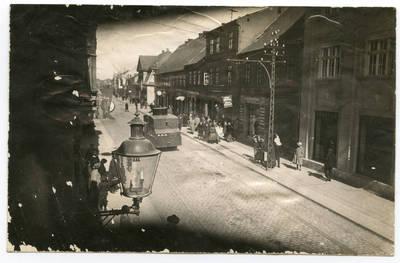 Nežinomas autorius. Klaipėda. Lietuvos kariuomenės šarvuotis Liepojos gatvėje. 1923-04-09