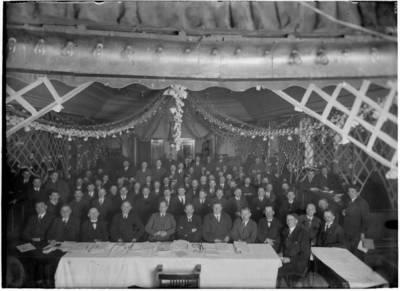 Nežinomas autorius. Klaipėdos krašto ūkininkų draugijų atstovų suvažiavimas Klaipėdoje. 1940