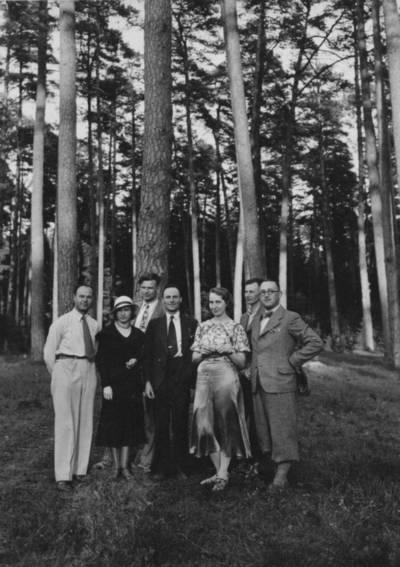 Nežinomas autorius. Vytautas Soblys su draugais iškyloje. 1938