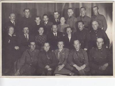 Nežinomas fotografas. Nuotrauka. TSRS Aukščiausiosios Tarybos deputatai. 1942