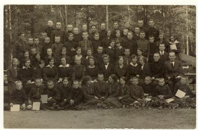 Alytaus gimnazijos skautai. - 1928