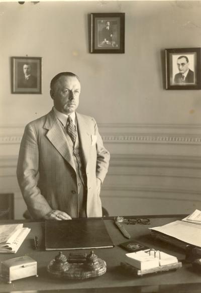 Diplomatas, publicistas Jonas Aukštuolis / Jonas Aukštuolis. - apie 1934-1939