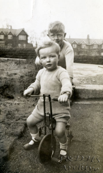 National Childrens Home, Newton. Brothers Colin and Roy