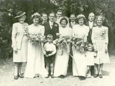 Wedding of Nora Broadbent and George Arthur Lloyd.