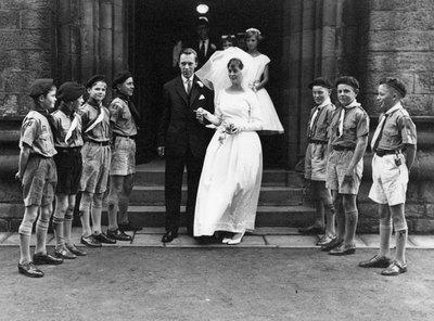 Wedding of Margaret White and Geoffrey Townson.