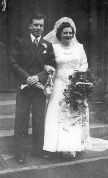 Wedding of Leonard Richardson, brother of Irene and Marion, and Edna Wilde.