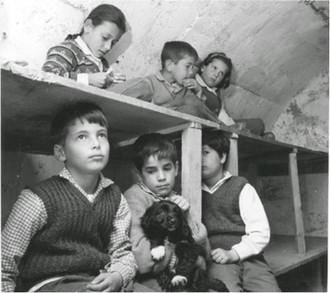 Enfants d'émigrants dans le Kibboutz Hagoshrim