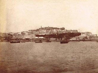 La Casbah de Tanger vue de la mer