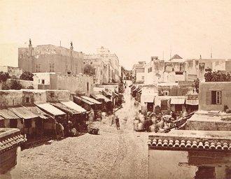 Une rue principale de Tanger
