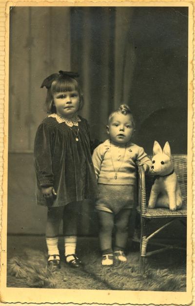 Bratec in sestrica v Trstu