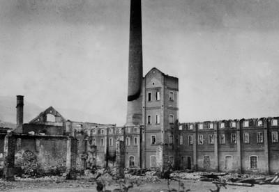 11. Opekarna po požaru  leta 1942