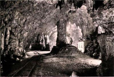 Jamska železnica s poštnim uradom