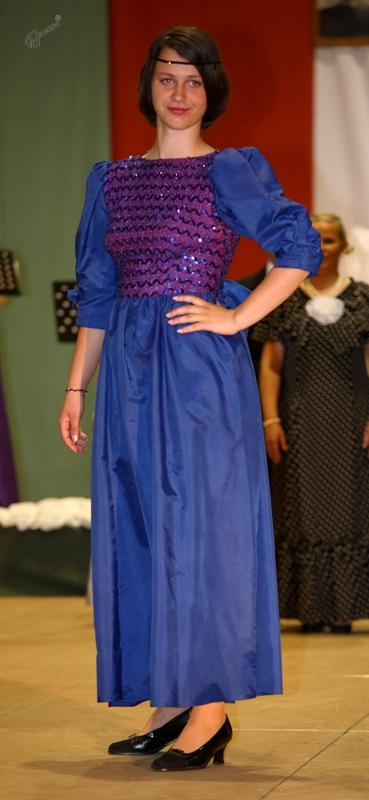 Modra plesna obleka