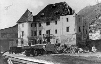 Rušenje Javorniške graščine, 1959
