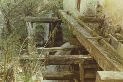 Vodno kolo mlina v Mirni vasi