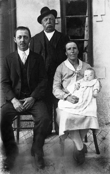 Majerjeva družina (Skumvačevi) 1930