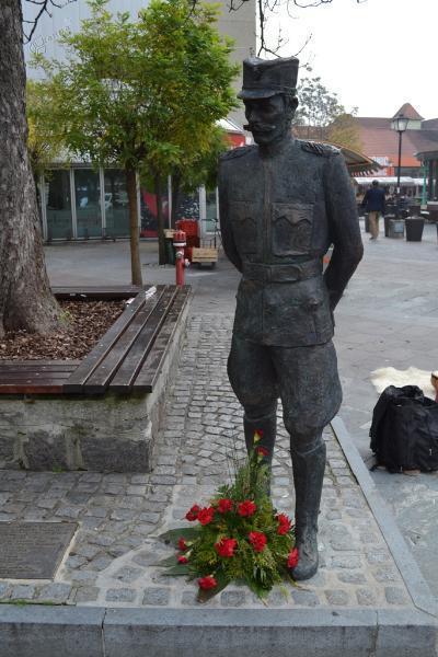 Spomenik Rudolfu Maistru v centru Ptuja