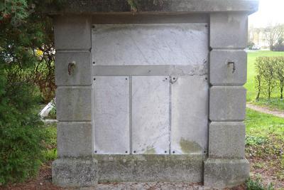 Spomenik žrtvam prve svetovne vojne na Ptuju - plošča