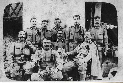Skupina vojakov v Kovorju pri Tržiču