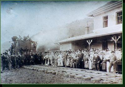 Prihod prvega vlaka na Železniško postajo v Rogatcu