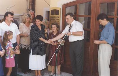 Predaja ključev novih prostorov v Malem gradu, 1994