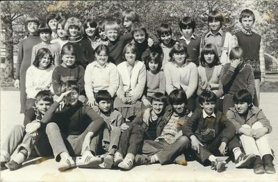 I. osnovna šola Celje, skupinska fotografija 6. a 1980/1981