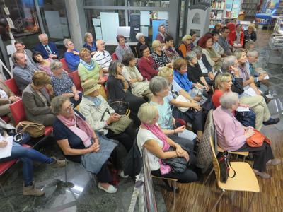 Publika, 8.10.2015