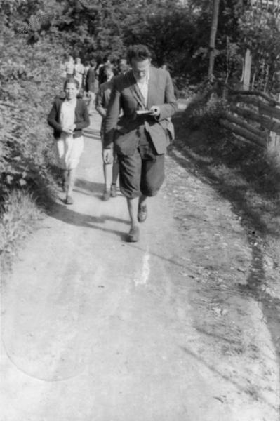 Z dijaki na planinski poti, 1957
